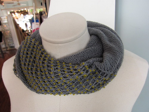 A Very Trendy Cowl