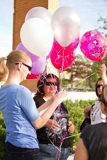 2_Picking_balloons