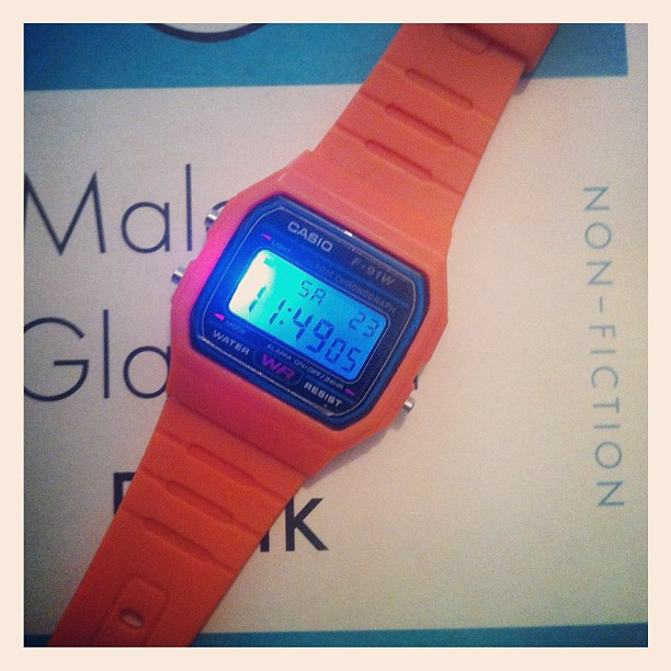 230612_ 'disco light' Casio F-91W