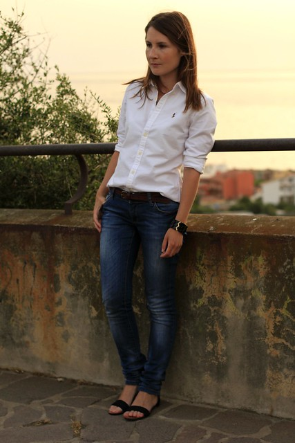 shirt jeans and sandals