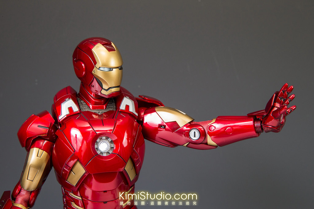 2013.06.11 Hot Toys Iron Man Mark VII-042