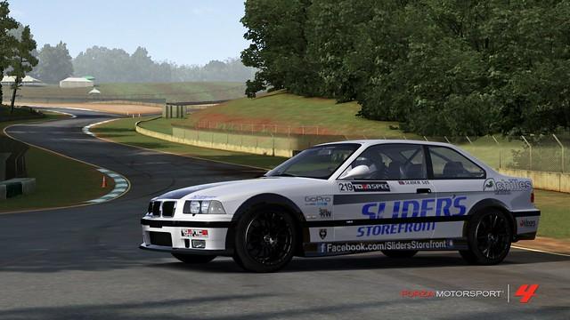 FM4_Forza594