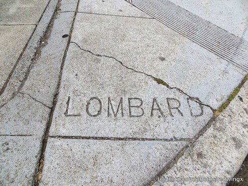 Lombard_sidewalkwords