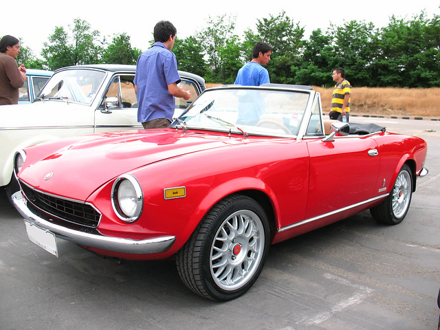 fiat 124 2000 spider 1980 flickr photo sharing. Black Bedroom Furniture Sets. Home Design Ideas
