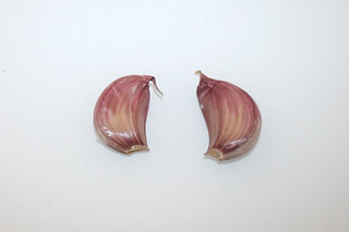 11 - Zutat Knoblauchzehen / Ingredient garlic