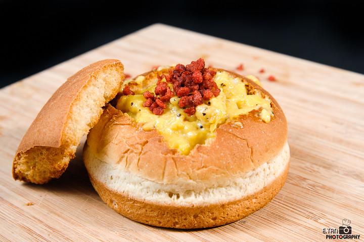 Bacon Egg Bread Bowl - 001