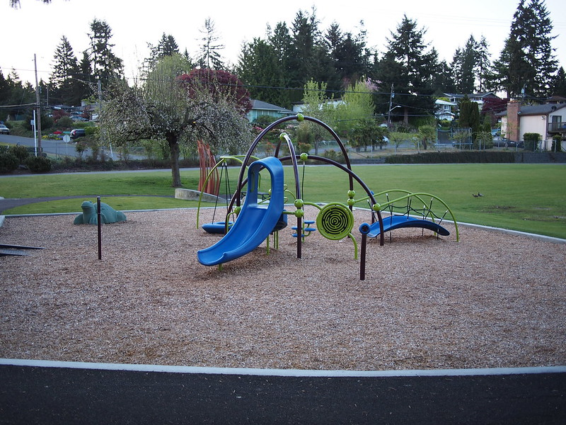 Echo Lake Park Playground: OLYMPUS DIGITAL CAMERA