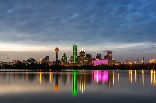 longexposure travel blue sunset usa storm water skyline clouds skyscraper buildings landscape us dallas downtown cityscape texas unitedstates visit explore omni hyattregency reuniontower trinityriver