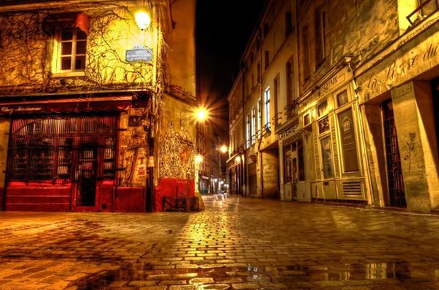 Paris, Le Marais, Rue des Hospitalières St. Gervais