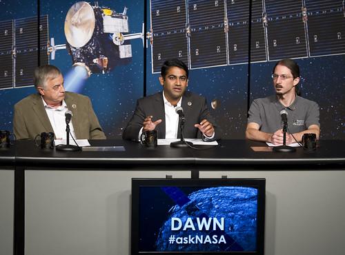 Dawn - Mission autour de Cérès - Page 7 7172635304_00e6456aaf