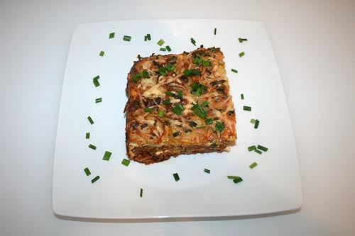 61 - Kartoffel-Zucchini-Moussaka - serviert / Potato zucchini moussaka - served
