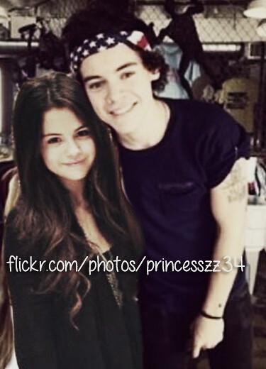 8899424490 2c7559365f z jpgHarry Styles And Selena Gomez