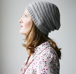 Minique's slouch in grey