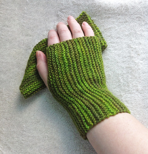 Drizzle Mitts 01