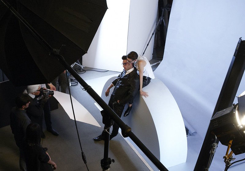 karl lagerfeld eyewear campaign making of 3