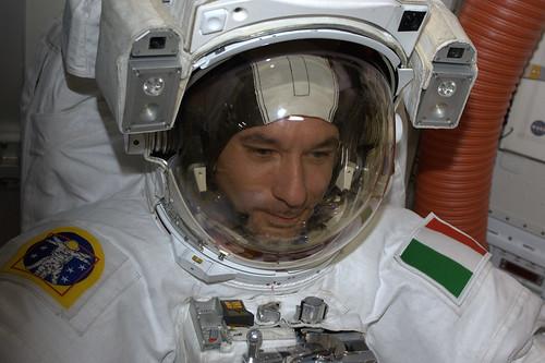 Parmitano, prima passeggiata nello spazio per un italiano