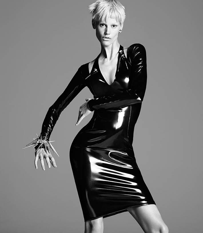 versace-fall-winter-2013-2014-campaign-13