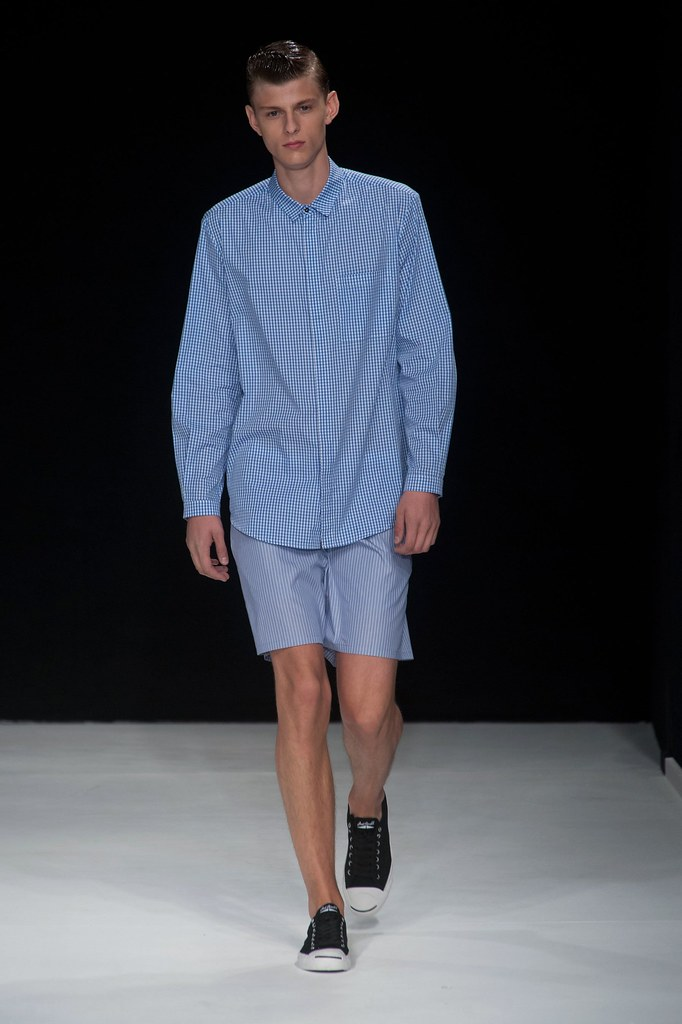 Elvis Jankus3102_SS14 London Richard Nicoll(fashionising.com)