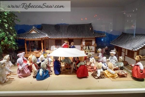 Teddy Bear Museum Jeju Island - Rebeccasawblog-046