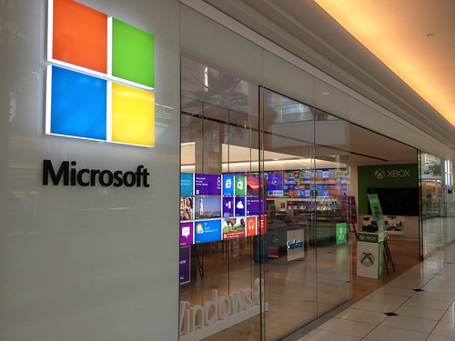 a history of microsoft corporation in the world of information technology