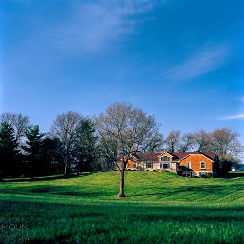blue trees sky house 6x6 home grass zeiss rural mediumformat iso100 kodak country lawn indiana bluesky hasselblad negativespace rgb zionsville 80mm ruleofthirds ektar filmisnotdead kodakektar100 carlzeissplanart80mmf28cf