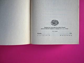 Soglie, di Gérard Genette. Einaudi 1989. Responsabilità grafica non indicata [Munari]. Pagina dello stampatore (part.), 1