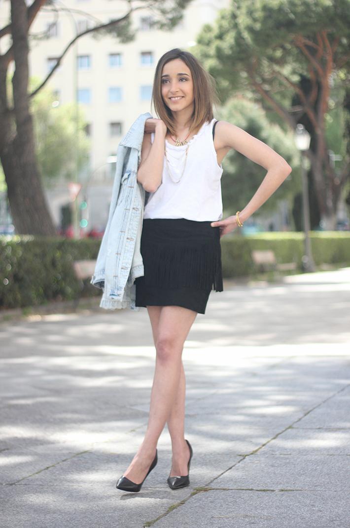 Fringed Black Skirt heels denim jacket05