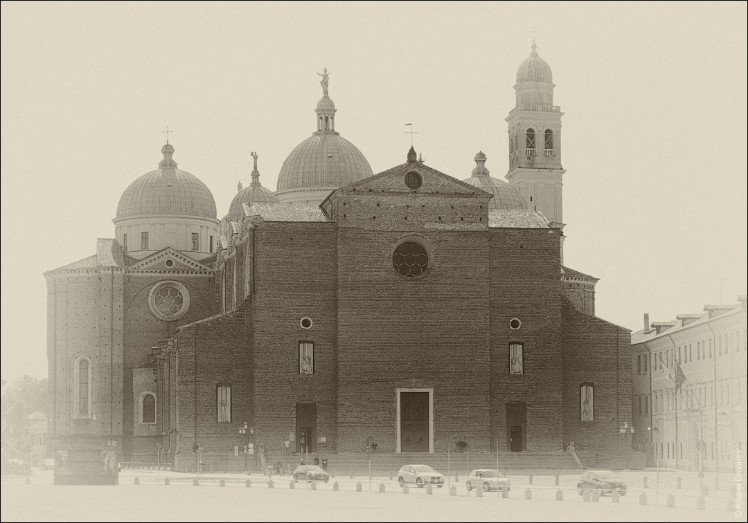 Базилика Санта-Джустина