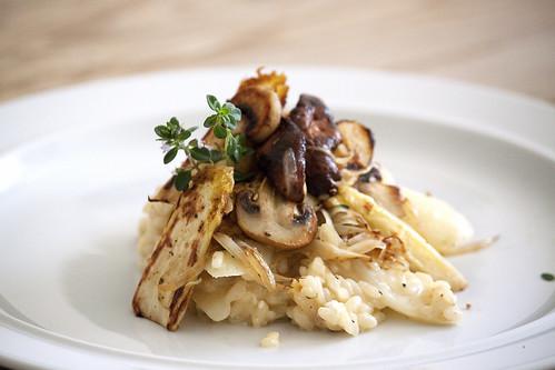 Risotto mit Spargel und Pilzen