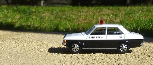 Tomica Limited Vintage LV-132 Mitsubishi Colt Galant AII GS Police