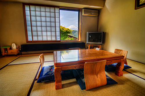 camera travel mountain window beautiful japan table asian photography japanese hotel tv spring nikon fuji view chairs room tripod may style tokina leslie tatami taylor 日本 gaijin 旅行 富士山 mats guesthouse yamanashi manfrotto kawaguchiko 春 写真 景色 河口湖 sakuya 五月 外人 wafu 和風 外国人 畳 山梨県 ニコン 1116mm d7000 さくや lestaylorphoto