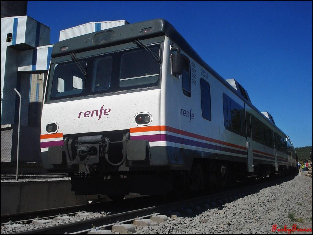 Línea Zafra-Jerez de los Caballeros 8844165686_20ac167573_b
