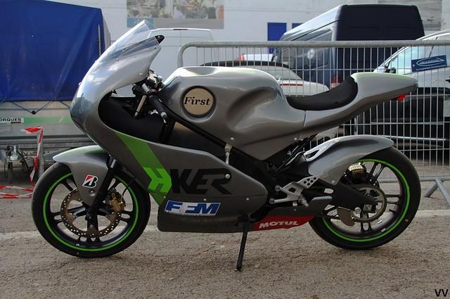 La H-Ker First, moto électrique de course française.