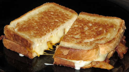 Bacon ranch grilled cheese by Coyoty
