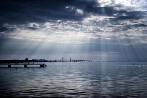 blue sun pier sweden jetty calm ripples malmö öresund ribersborg öresundsbro