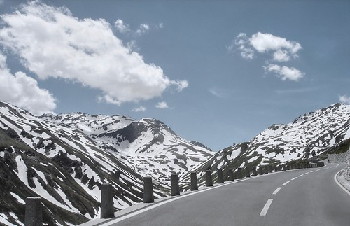 snow switzerland day fav50 hdr dscw1 oberalppass photomatix 1xp