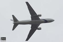 4X-EAF - 24854 - El Al Israel Airlines - Boeng 767-27EER - Luton - 2013 - Steven Gray - IMG_7157