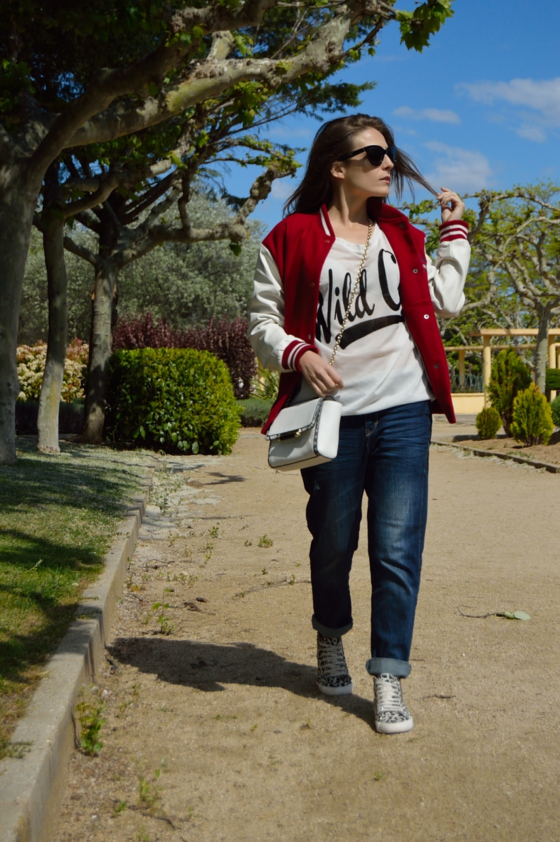 lara-vazquez-madlula-blog-look-spring-jeans-easy