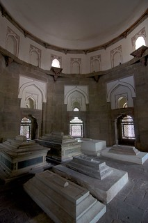 Image of Isa Khan's Tomb. india holidays newdelhi humayunstomb