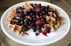 Apple cinnamon waffles with mixed berries