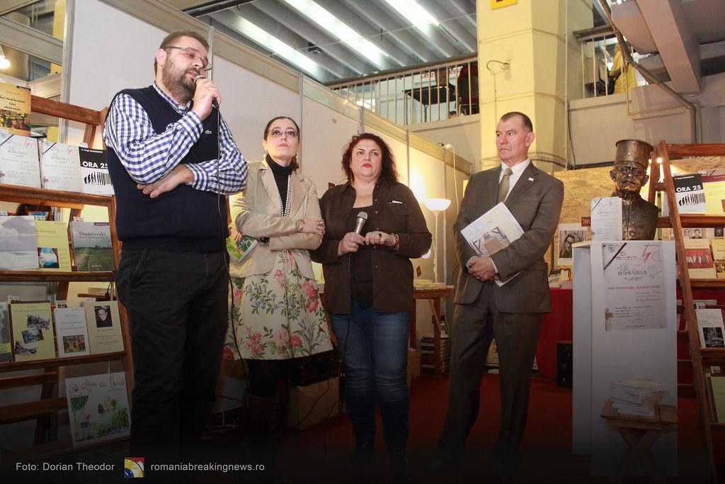 Lansare_de_Carte_FARA_INCHISOARE_AS_FI_FOST_NIMIC_Bucuresti_19-11-2016_romaniabreakingnews-ro (24)