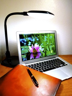 Macbook Air 2013 News May Lumiy LEDs LED Lamp1060899