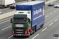Volvo FH 6x2 Tractor - PX11 BYN - Emma Ruby - Eddie Stobart - M1 J10 Luton - Steven Gray - IMG_8190