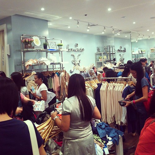 everything at #kamiseta is 50% off until sunday! @iloveglorietta @gloriettatweets #midnightmadnesssale #somoms