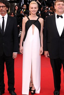 Carey Mulligan Monochrome Trend Celebrity Style Womens Fashion
