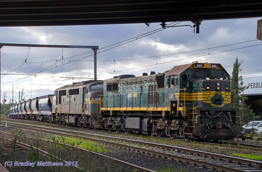 X43-A79 with #9318 up Apex quarry train to Brooklyn at Albion (15/7/2013) by Bradley Matthews