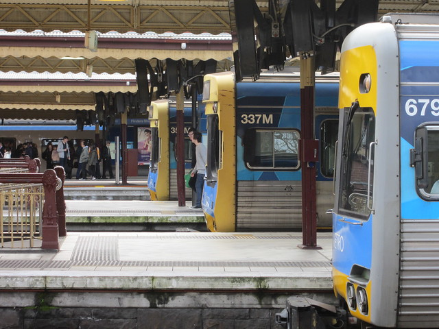 Comeng trains at the platforms, Flinders Street Station