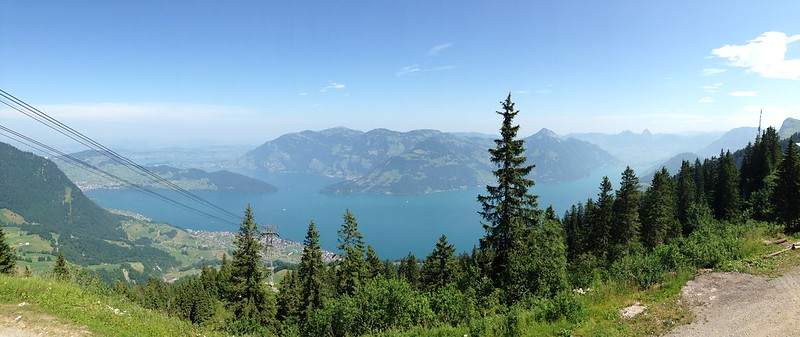 1.panoramabild klewenalp blick auf see