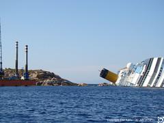Costa-Concordia-3