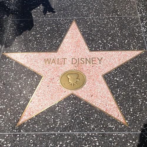 ウォルト・ディズニー。